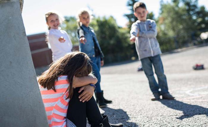Cómo tratar el acoso escolar oBulling